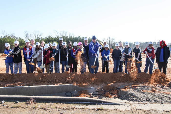 Goza students breaking ground
