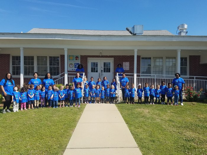 students at Peake Rosenwald group photo